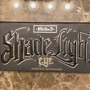 Kat Von D Shade & Light Eye Palette